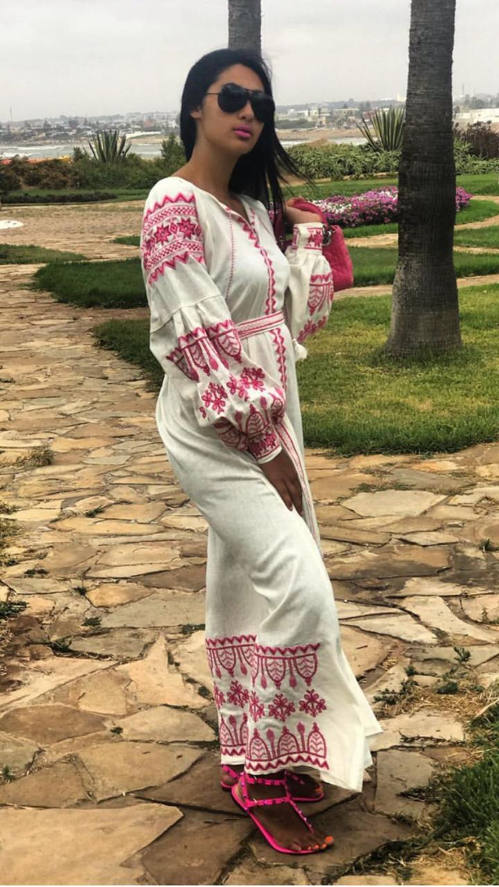 طرح  فساتين  مغربية  بألوان فصل  الصيف الزاهية