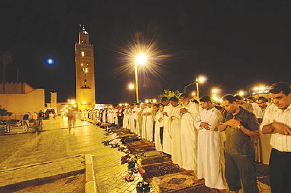 عضو المجلس العلمي الأعلى بالمغرب يحسم الجدل حول صلاة التراويح خلال شهر رمضان