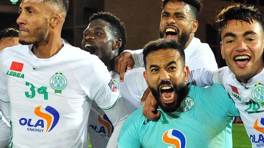 """""""الكاف"""" يحدد موعد نهائي كأس السوبر الإفريقي بين الأهلي المصري والرجاء الرياضي"""