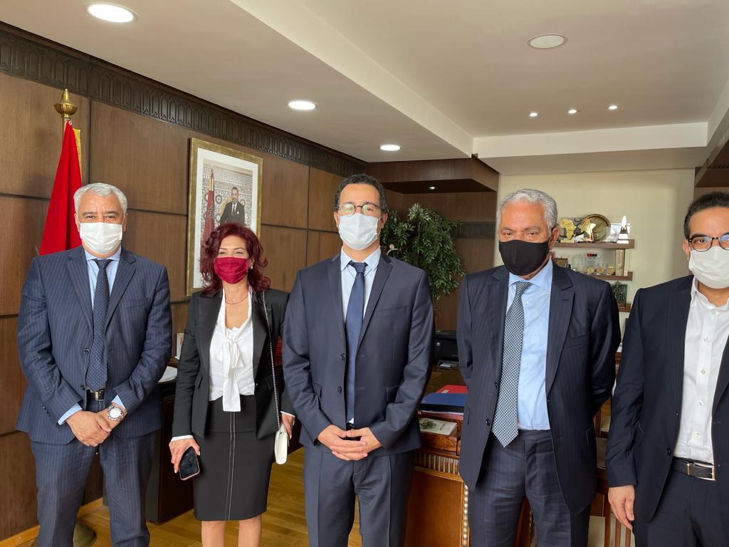 تمثيلية من الجمعية الوطنية للاعلام و الناشرين تجتمع مع الوزير الفردوس بشأن الوضعية الصعبة  للمقاولات الصحافية في ظل  جائحة كوفيد 19