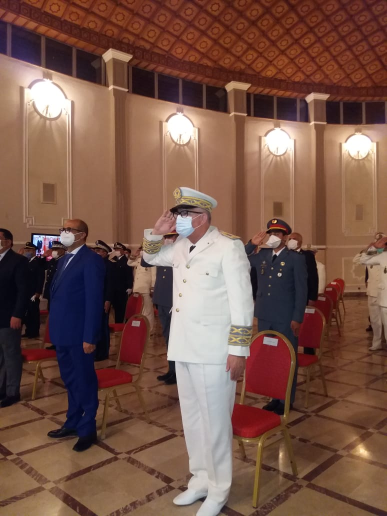 عامل عمالة الفحص انجرة السيد عبد الخالق المرزوقي يتراس مراسيم حفل الاستماع للخطاب الملكي بمناسبة الذكرى 22 لعيد العرش المجيد.