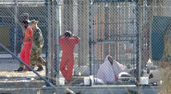 التحقيق مع  عبد اللطيف ناصر بعد ترحيله من قاعدة غوانتانامو