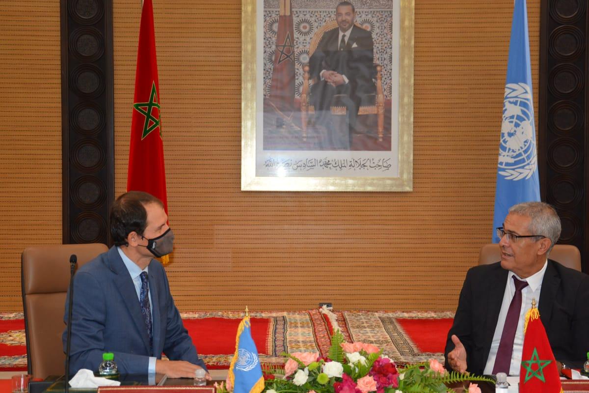 وزير العدل محمد بن عبد القادر يوقع بروتوكول تعاون بين وزارة العدل و الممثل المقيم لبرنامج الأمم المتحدة الإنمائي بالمغرب
