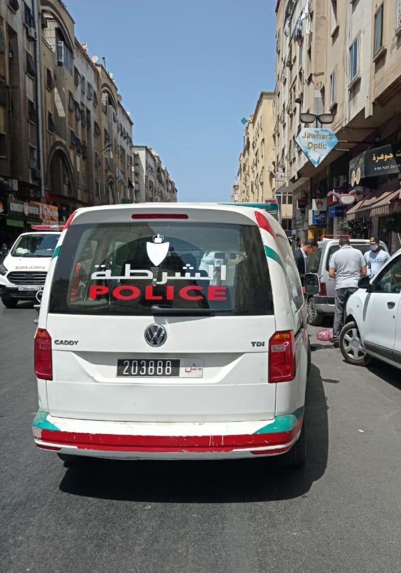 الدار البيضاء….. الأمن يوقف شخصين متورطين في تعدد السرقات بالخطف و بإستعمال دراجة نارية