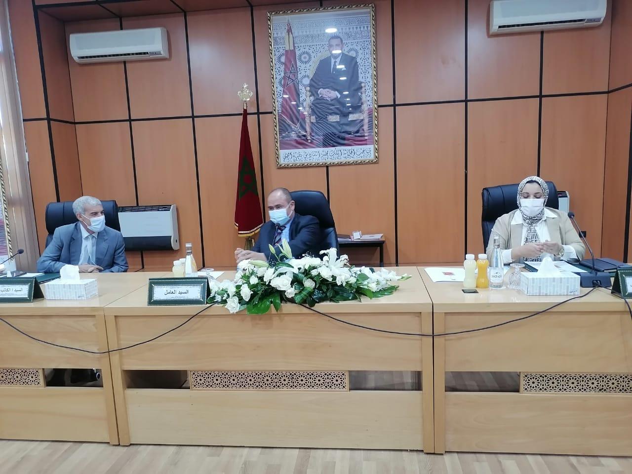 المجلس الاقليمي للخميسات،يصادق بالاجماع على القانون الداخلي للمجلس.