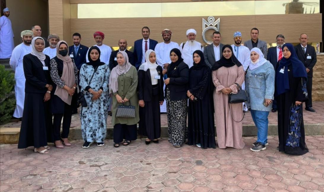وفد من غرفة تجارة وصناعة عمان ورواد ورائدات الأعمال العُمانيين يزورون جمعية رجال الاعمال المصريين العمانيين.